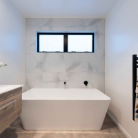 _Main bathroom 2