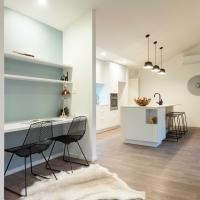Nook & kitchen Lot 104_
